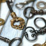 vintage keys bows