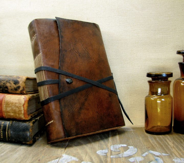 traveler travel medieval journal